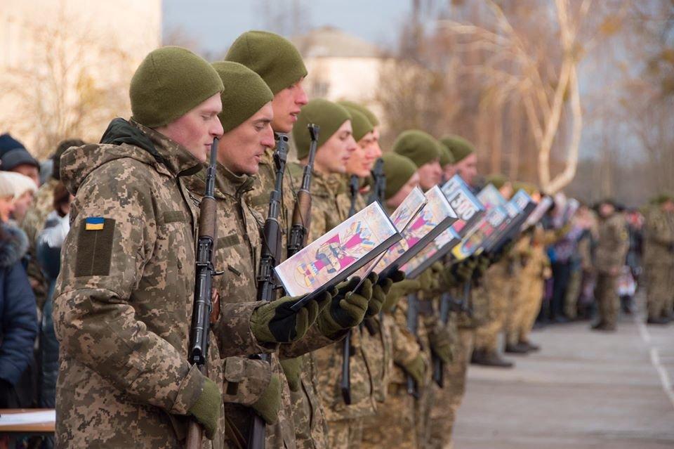 На Чернігівщині дві тисячі військових склали присягу, фото-5
