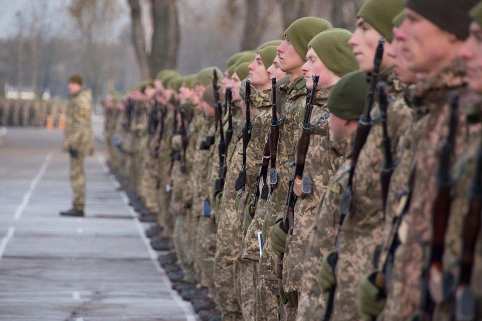 На Чернігівщині дві тисячі військових склали присягу, фото-6