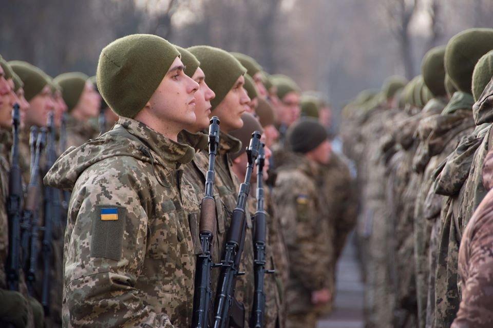 На Чернігівщині дві тисячі військових склали присягу, фото-7