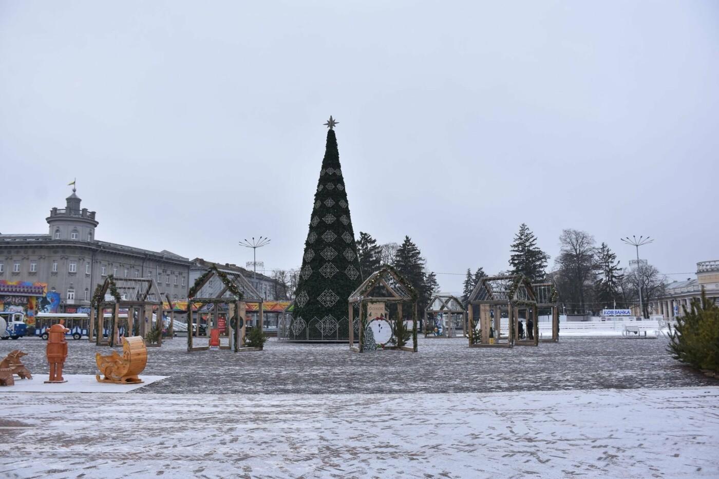 Святкове містечко на Красній площі почали розбирати, фото-11