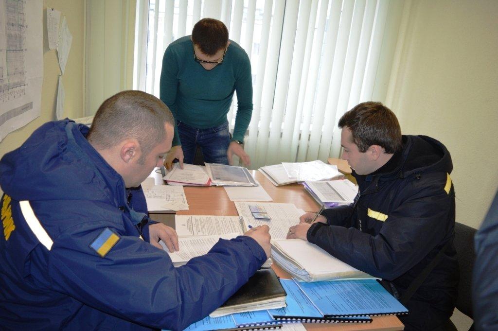 """Пожарная опасность: спасатели проверили """"ЦУМ Чернігів"""" и нашли проблемы  , фото-3"""