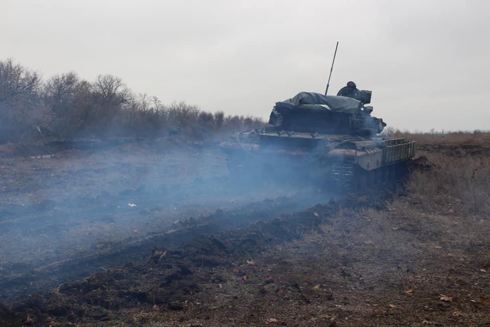 Чернігівські танкісти тренувалися бити ворога, фото-2