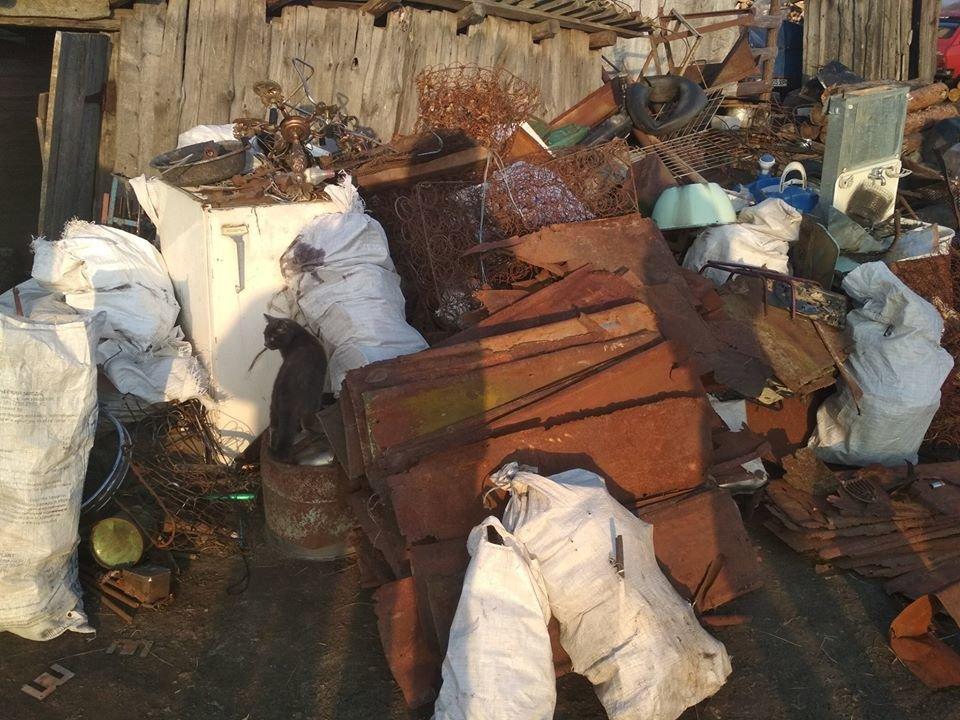 """""""Лавочку"""" закрыли: житель Черниговщины организовал нелегальный пункт приёма металлолома, фото-1"""
