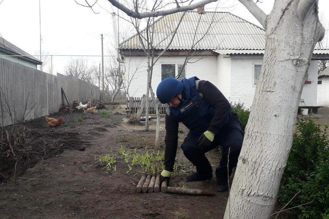 В нескольких метрах от жилого дома: на Черниговщине нашли снаряды времен Второй мировой, фото-4
