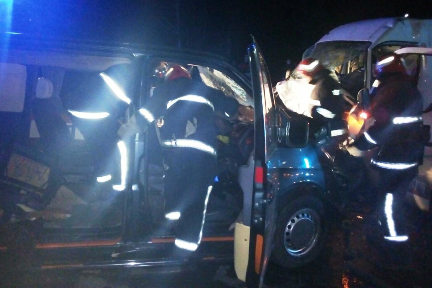 Лобовое столкновение, авто вдребезги и смерть водителя: ДТП на Черниговщине, фото-3