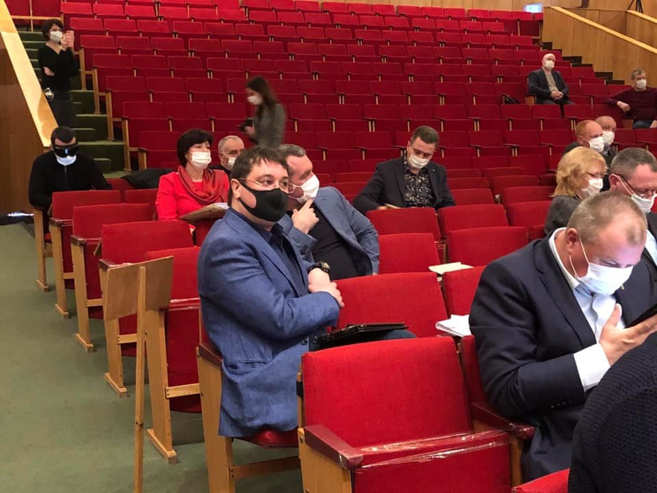 Чернігівська облрада на закритій сесії виділила більше 100 млн грн на боротьбу з коронавірусом, фото-6