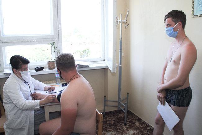 Більше пів тисячі юнаків з Чернігівщини підуть до армії цього літа, фото-3