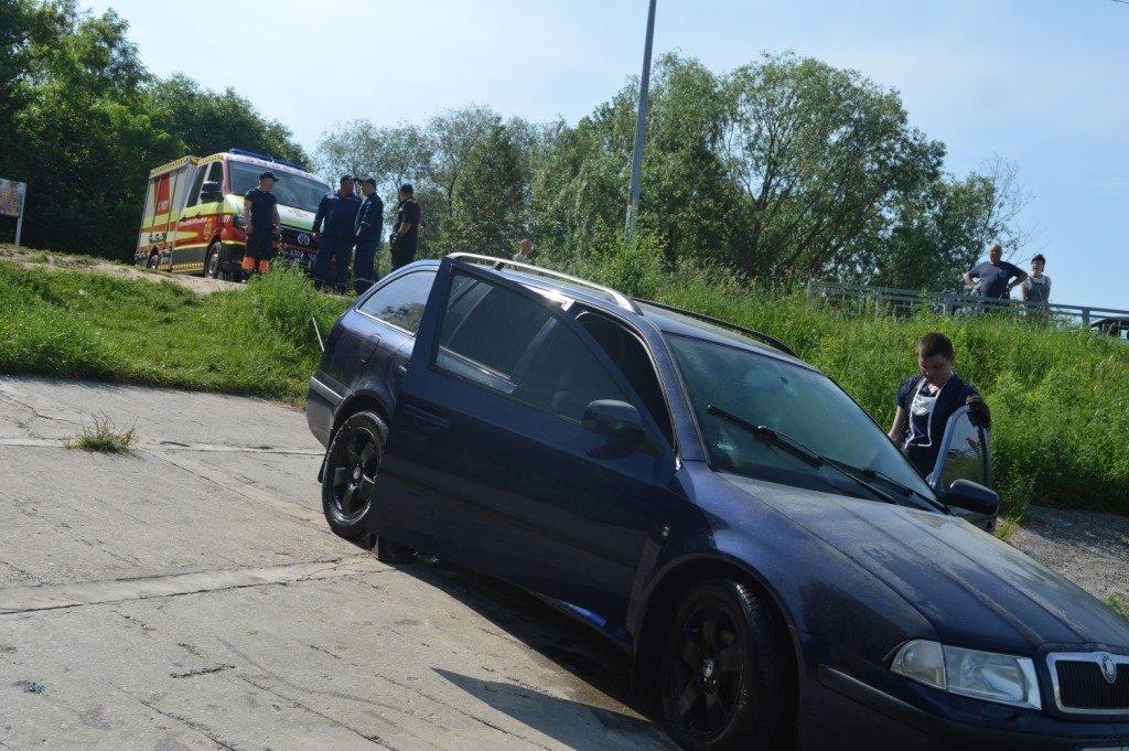 У Стрижні втопили іномарку: залучались рятувальники, фото-6