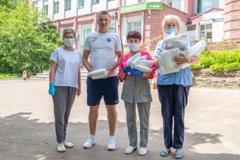 """Боротьба з коронавірусом: чернігівська """"Десна"""" знову допомагає медзакладам, фото-1"""