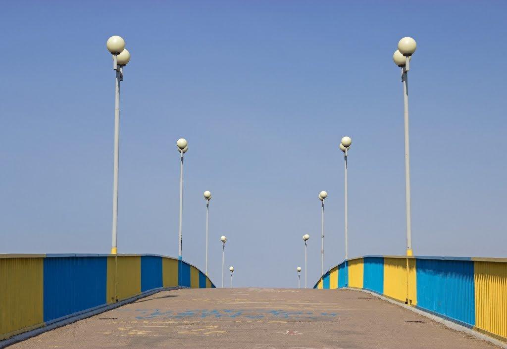 Пішохідний міст не завжди безпечний: чернігівець пропонує облаштувати на мосту велодоріжку, фото-1