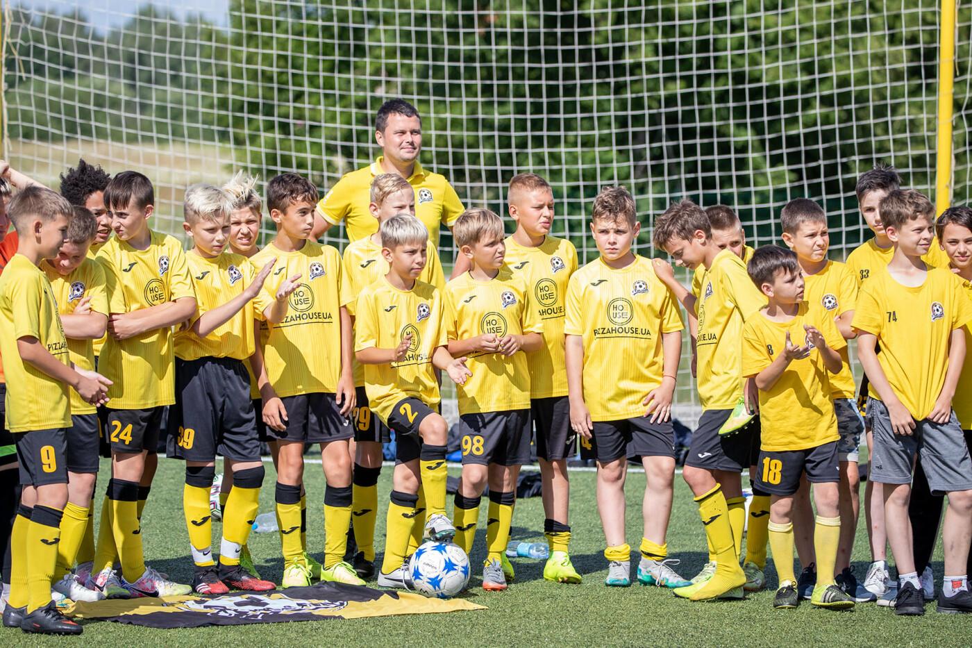 Чернігів прийняв у себе відкритий турнір з футболу: місцеві юнаки поза п'єдесталом, фото-3