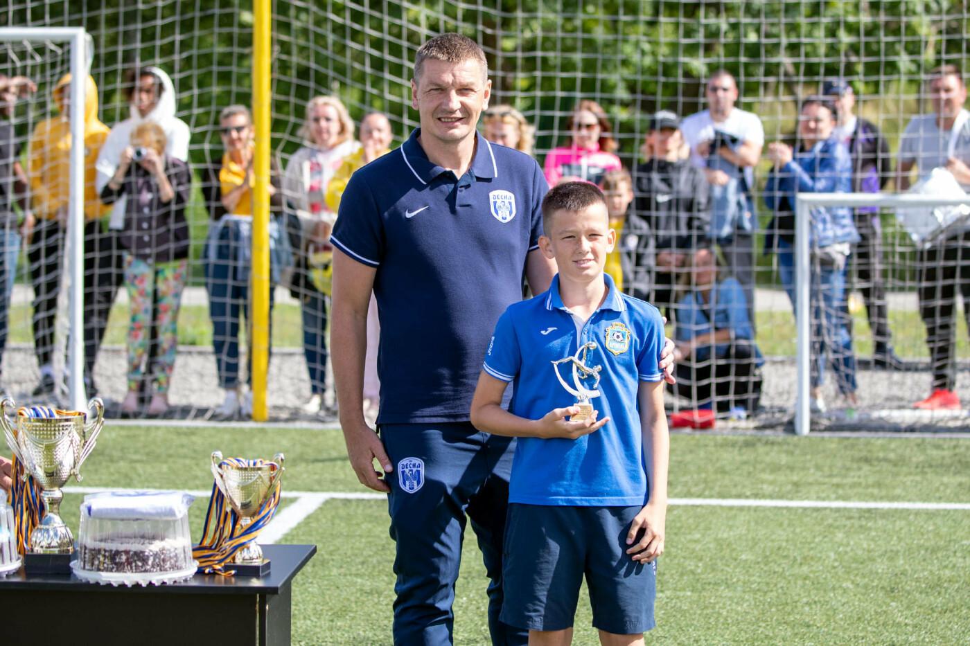 Чернігів прийняв у себе відкритий турнір з футболу: місцеві юнаки поза п'єдесталом, фото-7