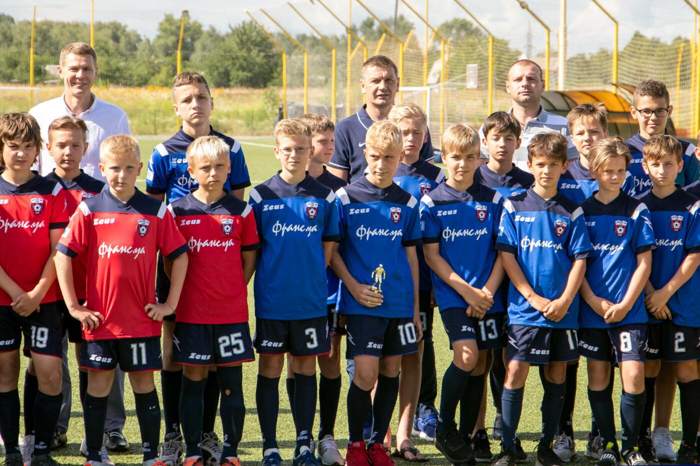 Чернігів прийняв у себе відкритий турнір з футболу: місцеві юнаки поза п'єдесталом, фото-1