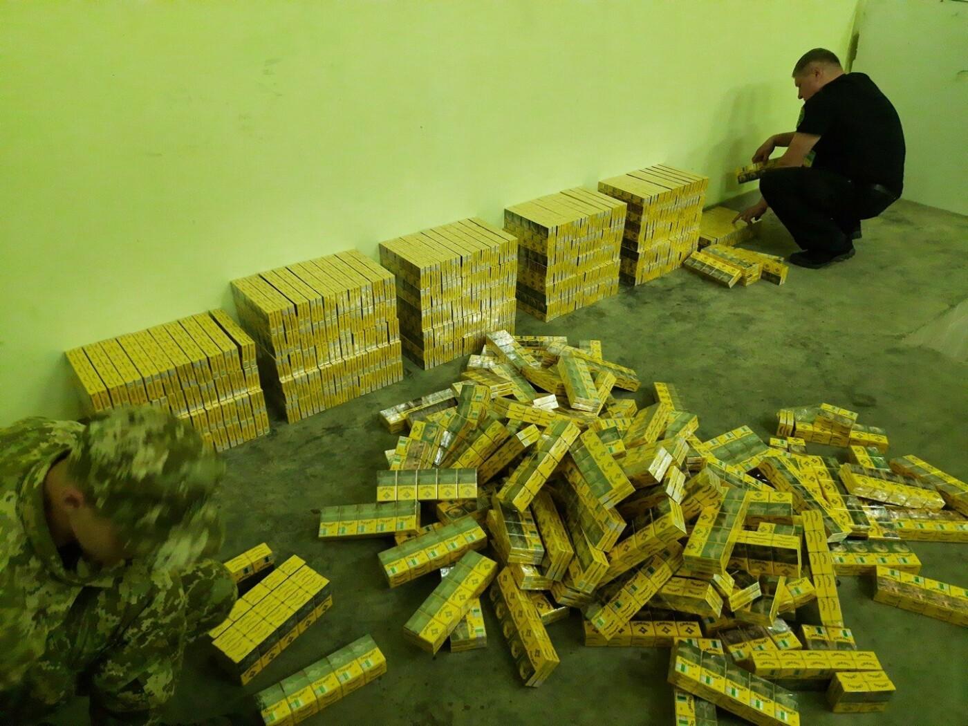 Білоруські контрабандисти везли до Чернігівщини більше 100 000 пачок цигарок, фото-1