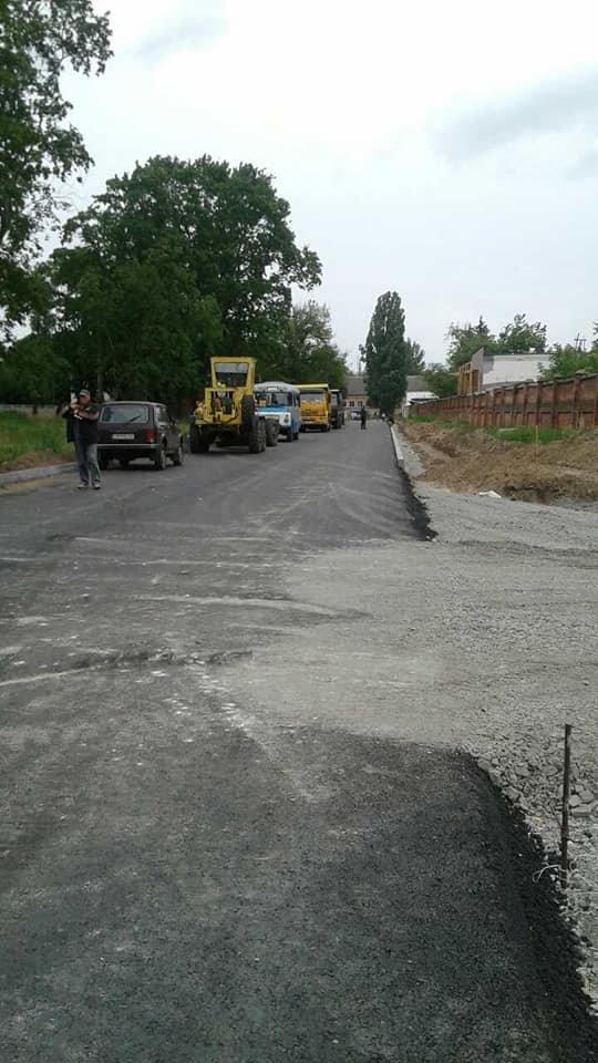На частині нової дороги на Шерстянку вже з'явився асфальт, фото-2