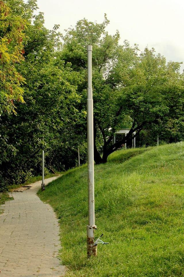 """""""Туристи залишають купу негативних відгуків"""": чернігівці пропонують реконструювати парк на Болдиній горі, фото-4"""