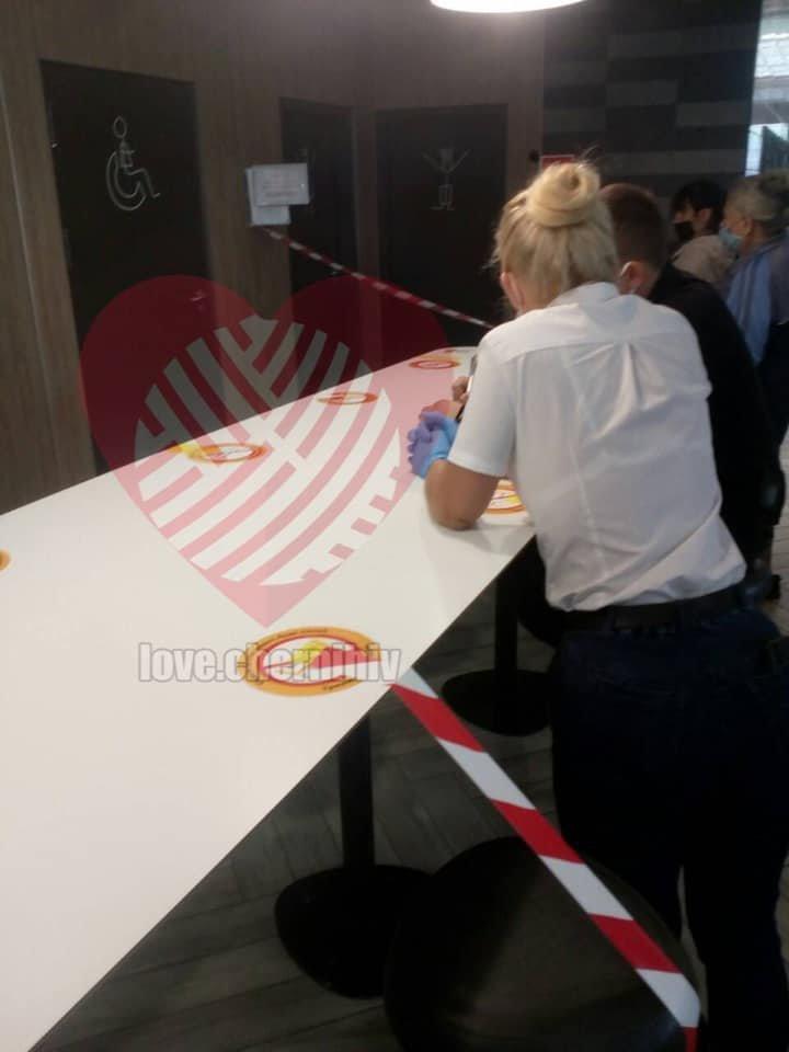 У Чернігові в Макдоналдсі намагались зґвалтувати дівчину, фото-2