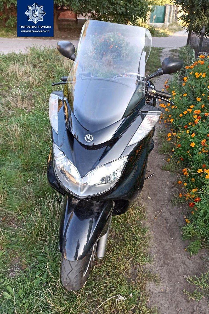 Чернігівець випадково зустрів викрадений у нього мотоцикл та викрадача, фото-1