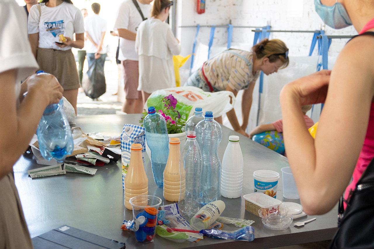 У Чернігові пропонують створити муніципальні пункти роздільного збору сміття, фото-1