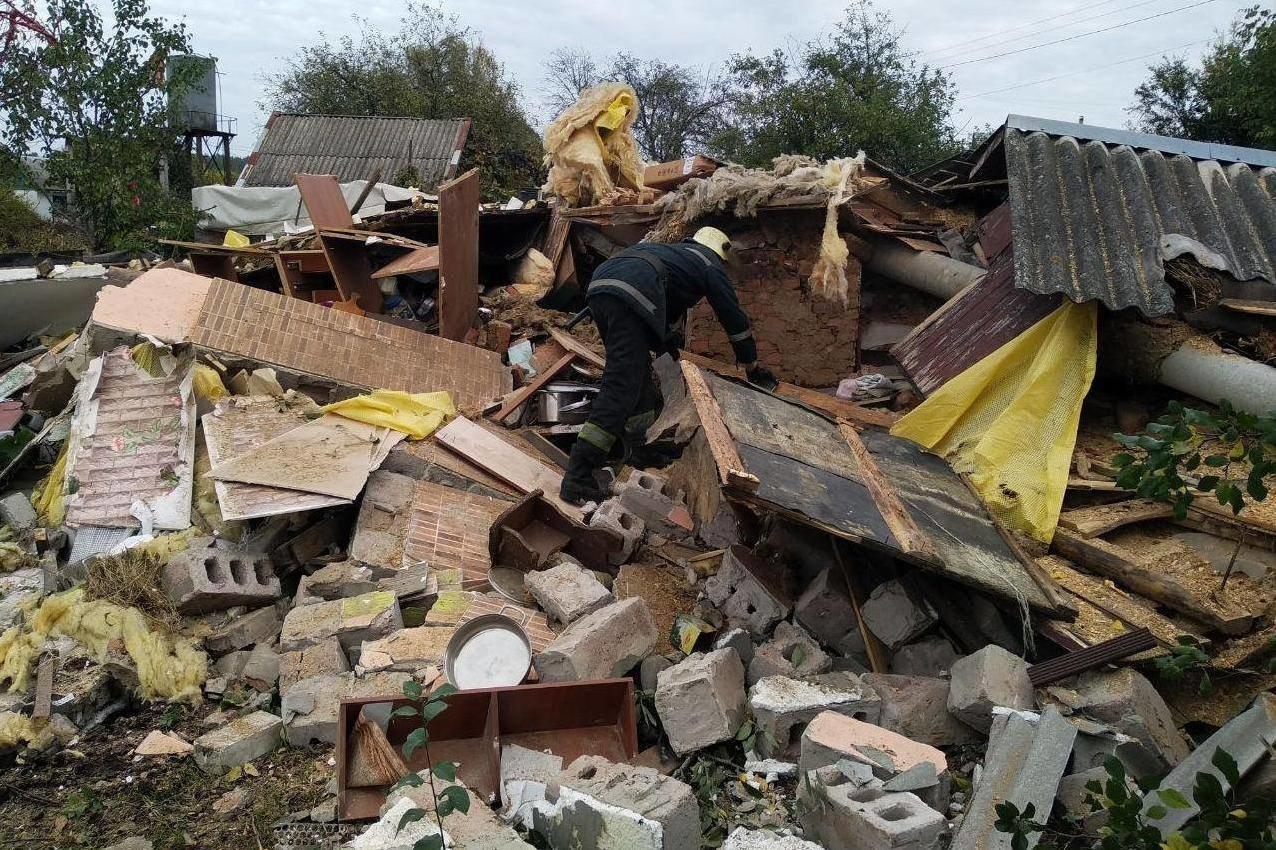 У Чернігові вибухнув приватний будинок: постраждала дитина (ФОТО), фото-2