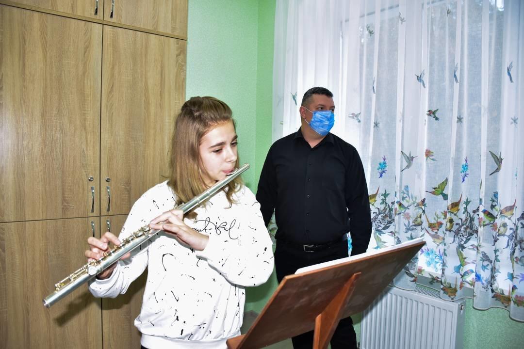 У Чернігові добудували та відкрили для учнів новий корпус музичної школи №1 імені Вільконського, фото-5