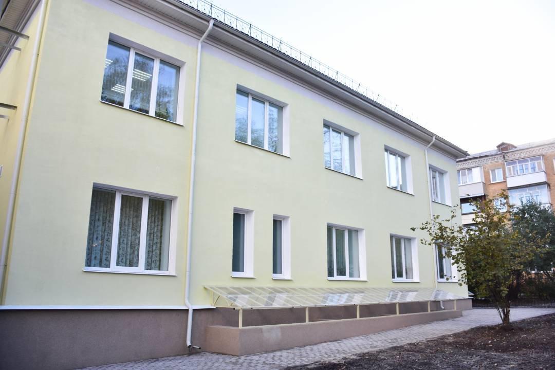 У Чернігові добудували та відкрили для учнів новий корпус музичної школи №1 імені Вільконського, фото-2