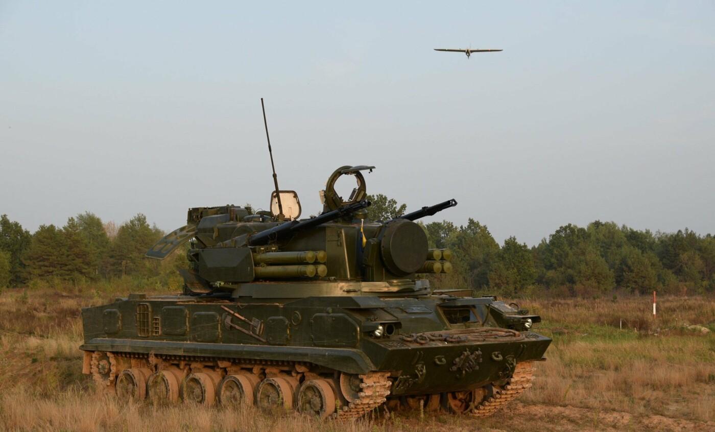 У небі над Чернігівщиною випробовували новий український безпілотник «Лелека-100», фото-1