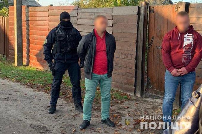 Сімейна нарколабораторія: чернігівські поліцейські викрили братів-виробників наркотиків, фото-1