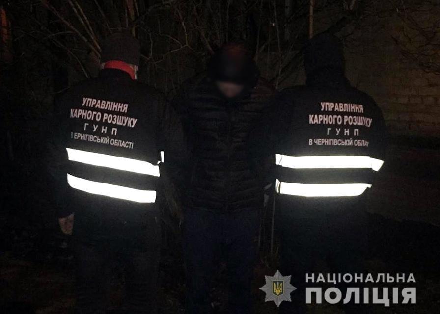 Розбій у чернігівському гуртожитку: поліція затримала нападників, фото-4
