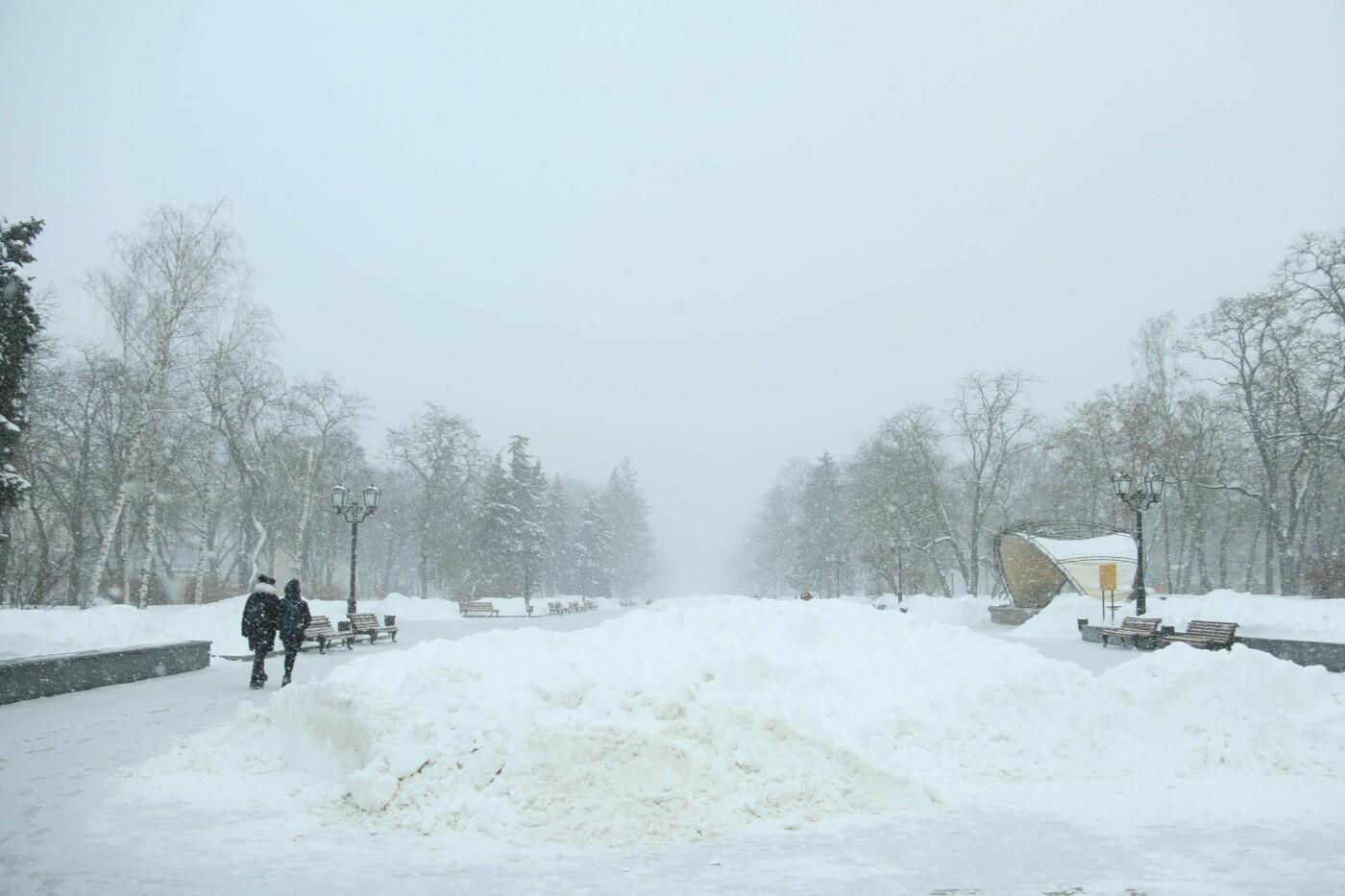 Замело: чи довго сніг лежатиме на вулицях Чернігова?, фото-3