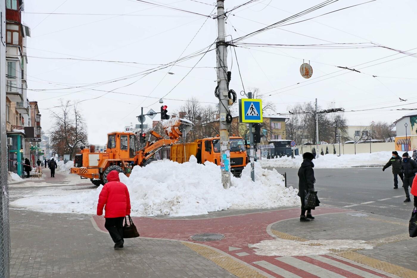 Тотальна чистка: за вихідні з вулиціь Чернігова вивезли більше 6 000 м3 снігу, фото-1