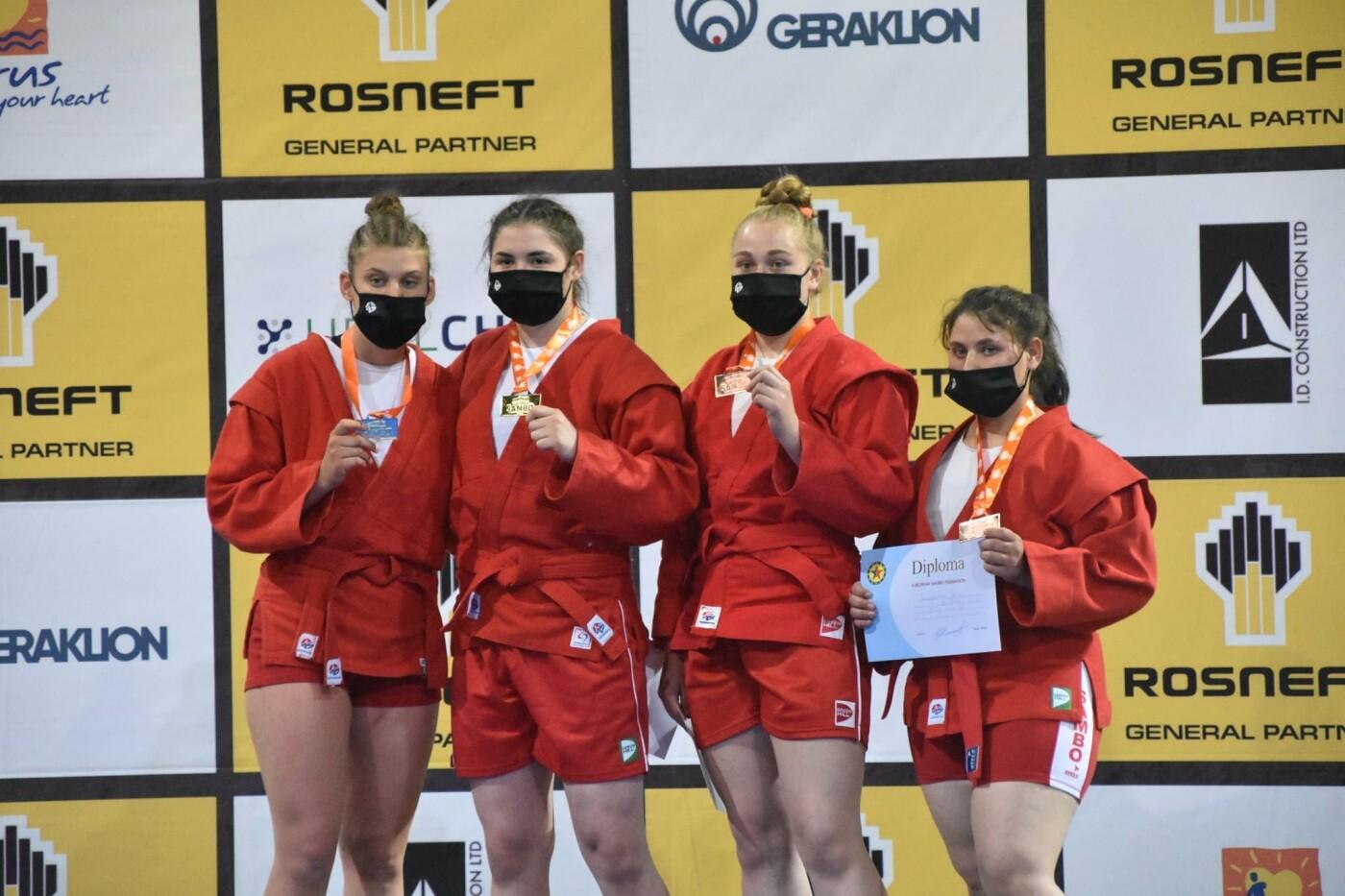 На п'єдестал чемпіонату Європи у Кіпрі зійшли самбістки з Чернігівщини, фото-3