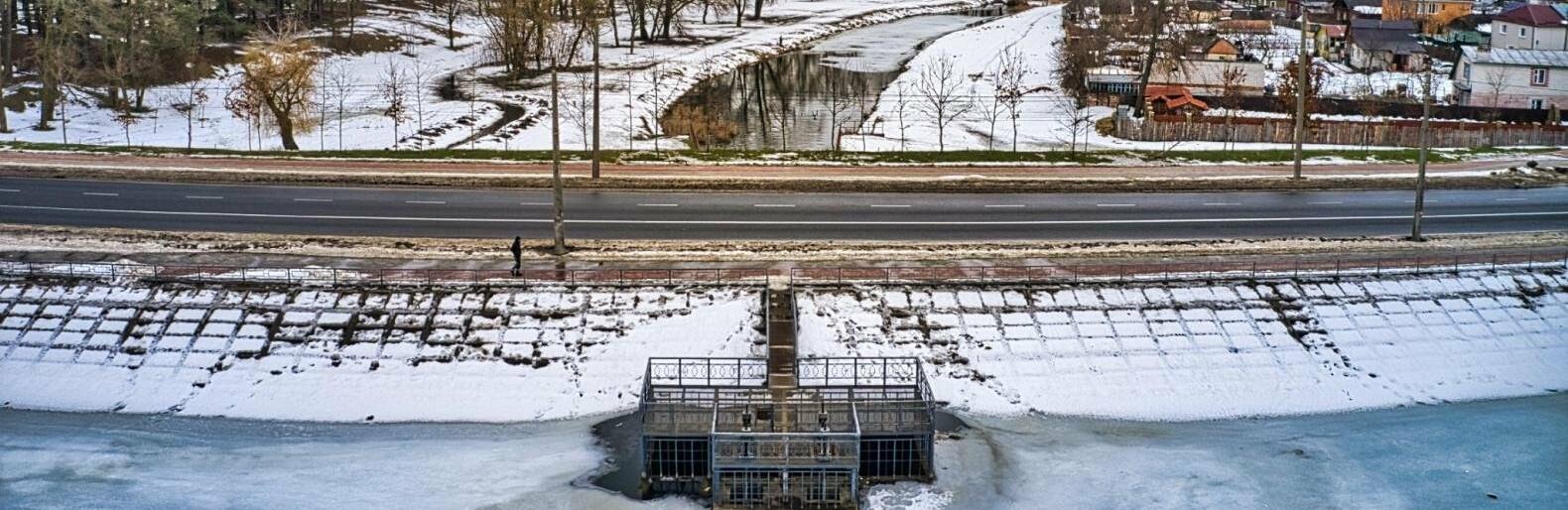 Розливу у Чернігові не буде: Десна падає сама, а Стрижень зливають